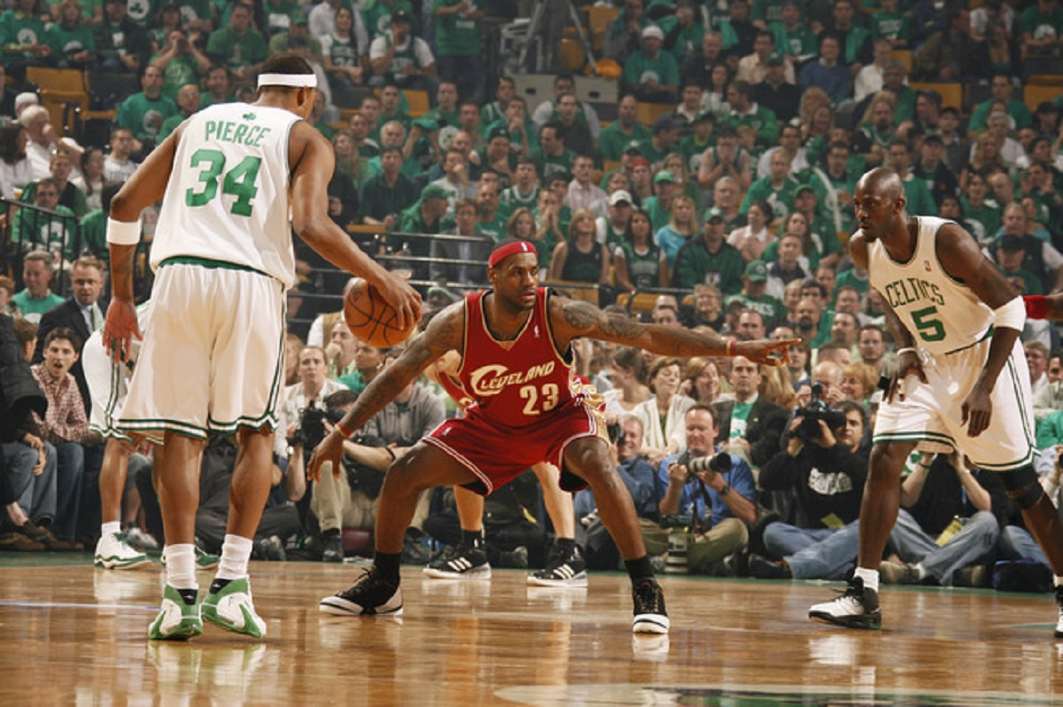 Cleveland Cavaliers v Boston Celtics, Game 5
