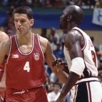 Drazen Petrovic e Michael Jordan