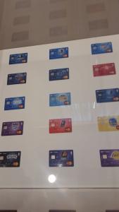 Le 30 carte UBI Banca con i loghi NBA West.