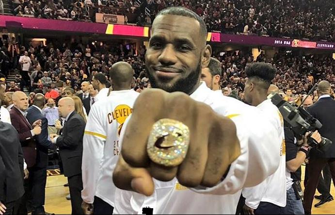 super speciali prima clienti orologio Cleveland Cavaliers: l'anello della prima volta, l'anello ...