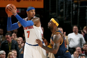 LeBron James dei Cavaliers difende su Carmelo Anthony dei Knicks