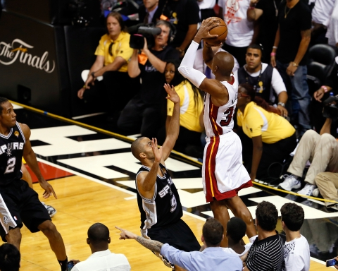 The Shot. Esegue: Ray Allen