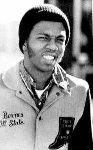 Marvin Barnes con la giacca dell'high school