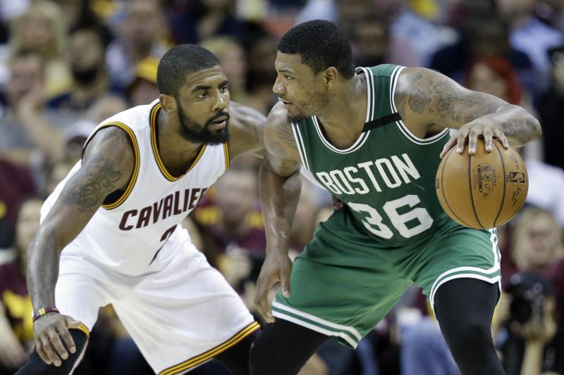Smart e Kyrie Irving dei Boston Celtics