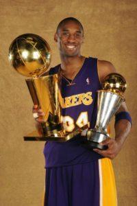 Per Kobe nuovo numero (il 24) e nuovi trofei