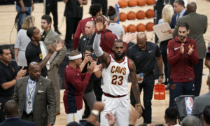 Lebron James infortunio