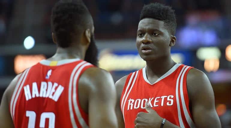 Clint Capela-Capela-Lakers-Difesa Houston Rockets