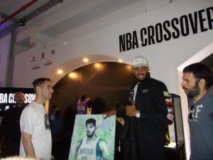 "Karl-Anthony Towns a Milano, ospite della mostra ""NBA Crossover"""