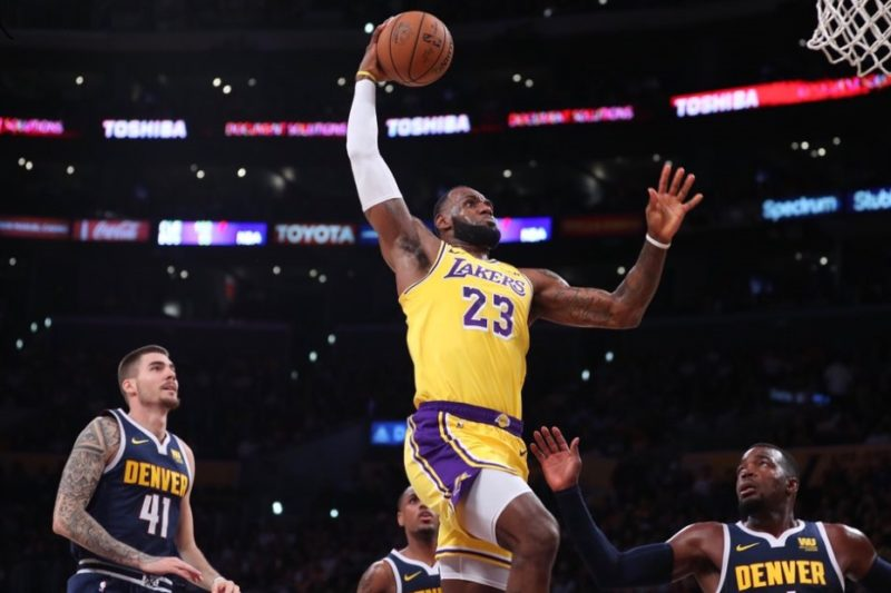 LeBron James, Los Angeles Lakers vs Denver Nuggets at Staples Center