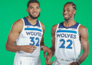 i Timberewolves 2018/19 si affideranno soprattutto a Karl-Anthony Towns (#32) e Andrew Wiggins (#22)