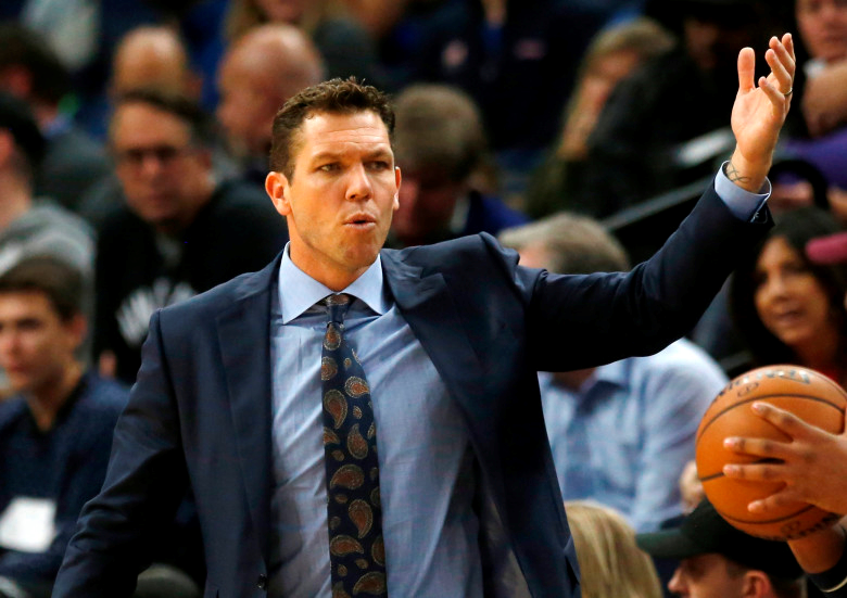 Coach Luke Walton, Los Angeles Lakers Minnesota Timberwolves at Target Center