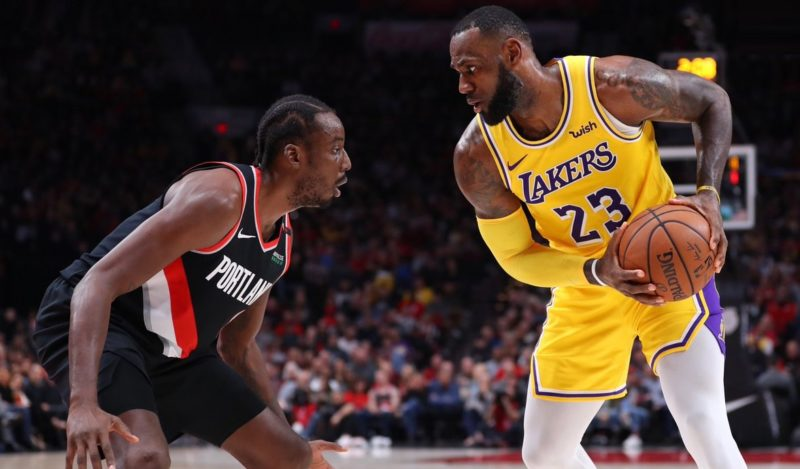 LeBron James, Los Angeles Lakers vs Portland Trail Blazers at Moda Center