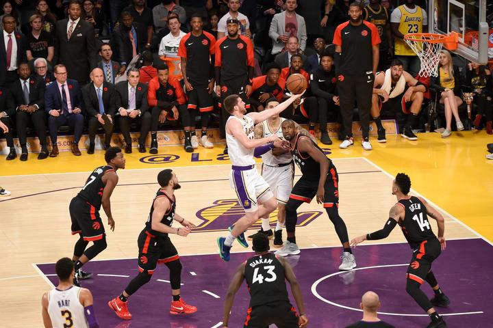 Sviatoslav Mykhailiuk, Los Angeles Lakers vs Toronto Raptors at Staples Center