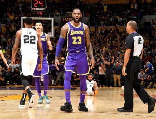 LeBron James, Los Angeles Lakers vs San Antonio Spurs at Staples Center