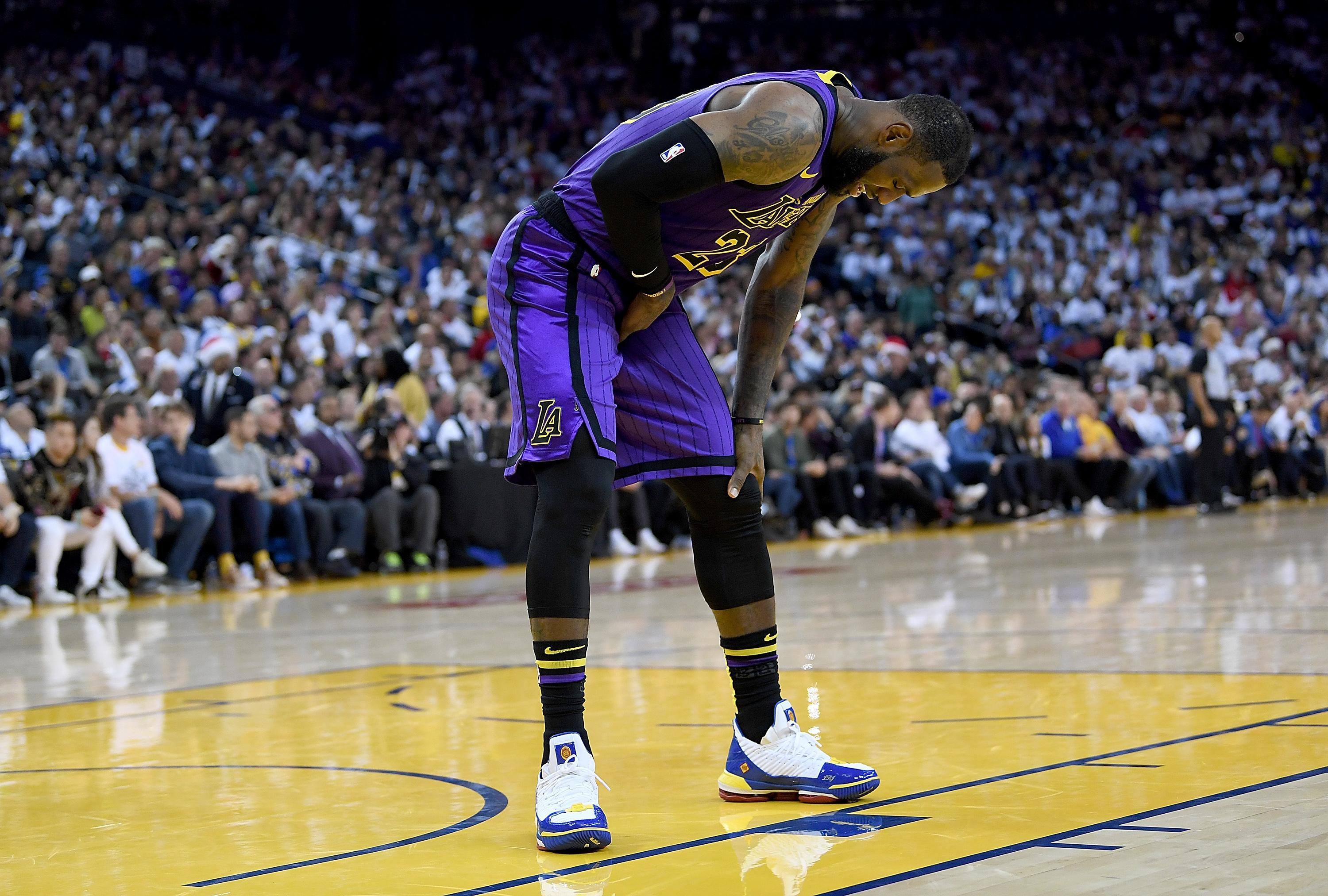 LeBron James, Los Angeles Lakers vs Golden State Warriors at Oracle Arena