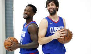 Da sinistra, Patrick Beverley (statunitense) e Milos Teodosic (europeo). Uno è sempre in campo, l'altro marcisce sulla panchina dei Clippers