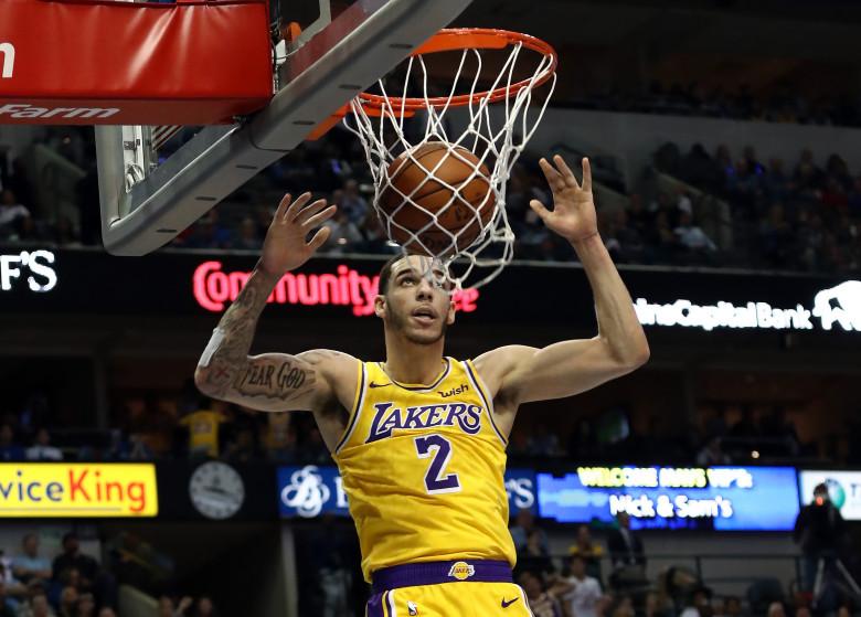 Lonzo Ball, Los Angeles Lakers vs Dallas Mavericks at American Airlines Center
