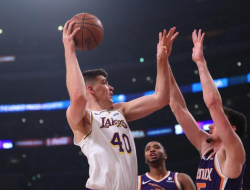 Ivica Zubac, Los Angeles Lakers vs Phoenix Suns at Staples Center
