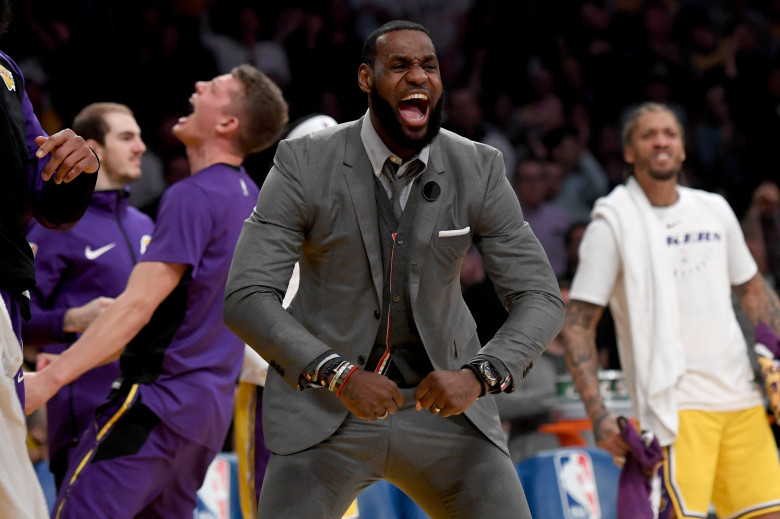 LeBron James, Los Angeles Lakers vs Philadelphia 76ers at Staples Center