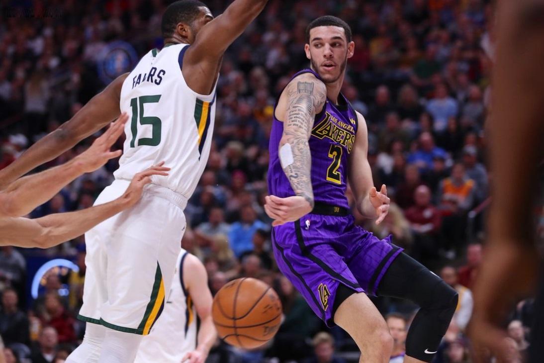 Lonzo Ball, Los Angeles Lakers vs Utah Jazz at Vivint SmartHome Arena