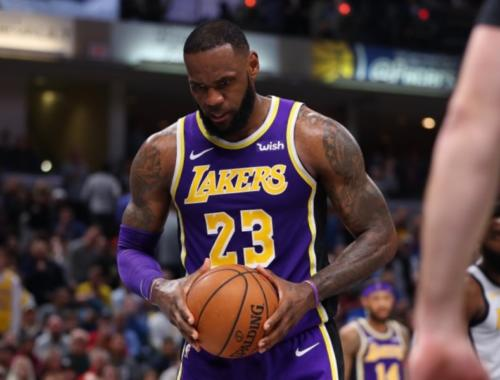 LeBron James, Los Angeles Lakers vs Indiana Pacers at Bankers Life Fieldhouse
