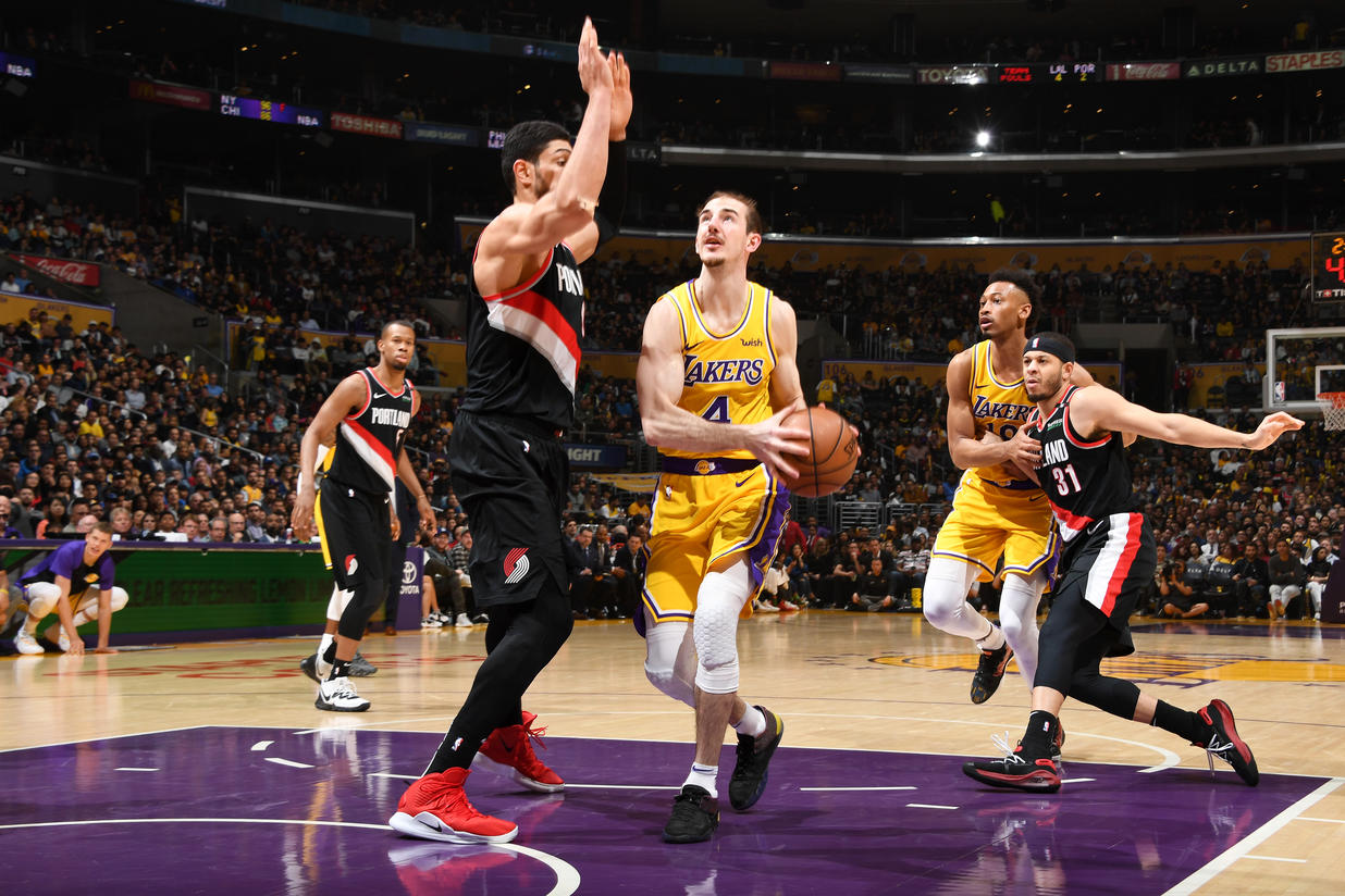 Alex Caruso, Los Angeles Lakers vs Portland Trail Blazers at Staples Center