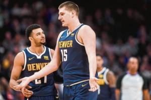 Jamal Murray e Nikola Jokic, giovani stelle dei Denver Nuggets
