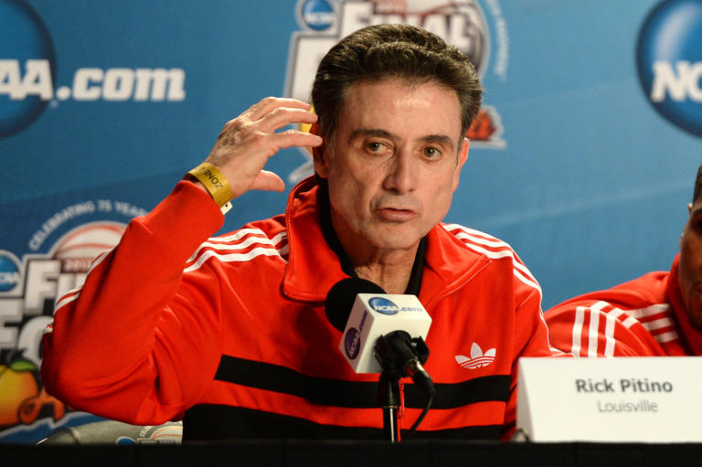 """I Cleveland Cavs """"Non interessati"""" a coach Rick Pitino"""