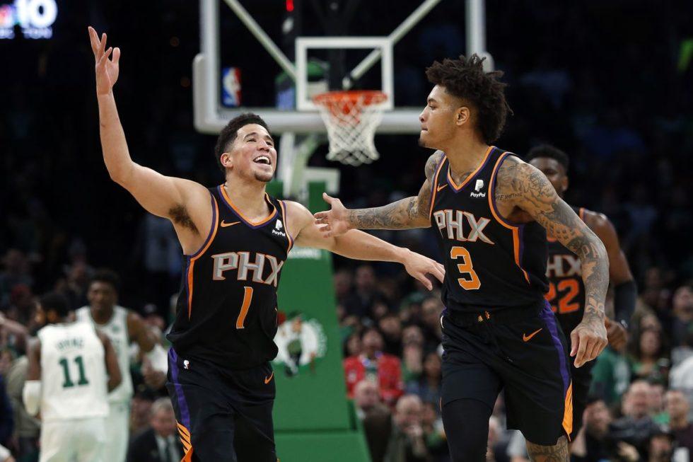 Devin Booker (a sinistra) e Kelly Oubre, trascinatori dei sorprendenti Phoenix Suns